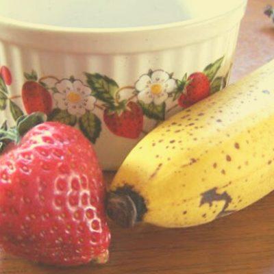 Strawberry Banana Smoothie DIY Facial Mask